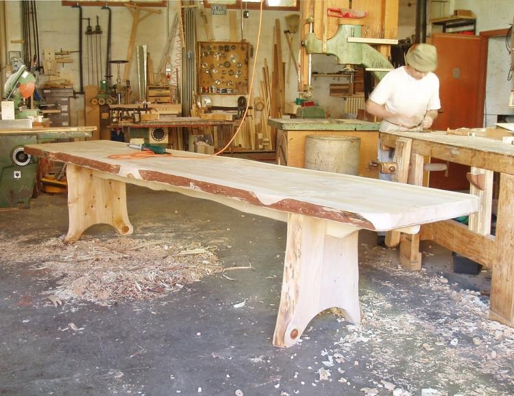 Tavoli in legno massello for Tavolo rustico legno