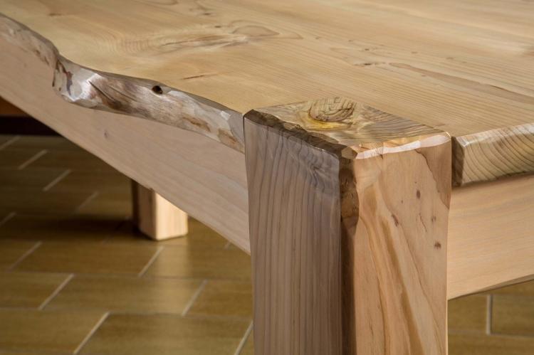 Emejing tavoli rustici in legno ideas for Tavolo rustico legno